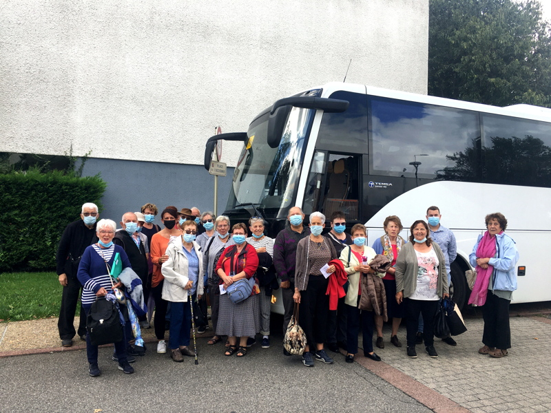 Les séniors participant au séjour, au départ de Lespinasse